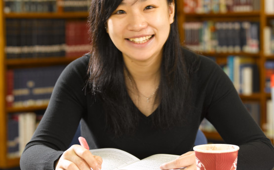 Student working in the Singleton campus library