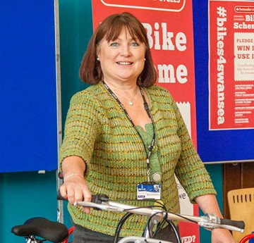 A photo of Jayne Cornelius with a Santander bike