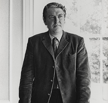 Black and white image of Kingsley Amis
