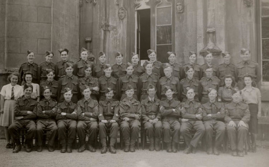 University College of Swansea Home Guard, c.1942. Courtesy of the Richard Burton Archives, Swansea University (reference: UNI/SU/AS/4/1/2:95)