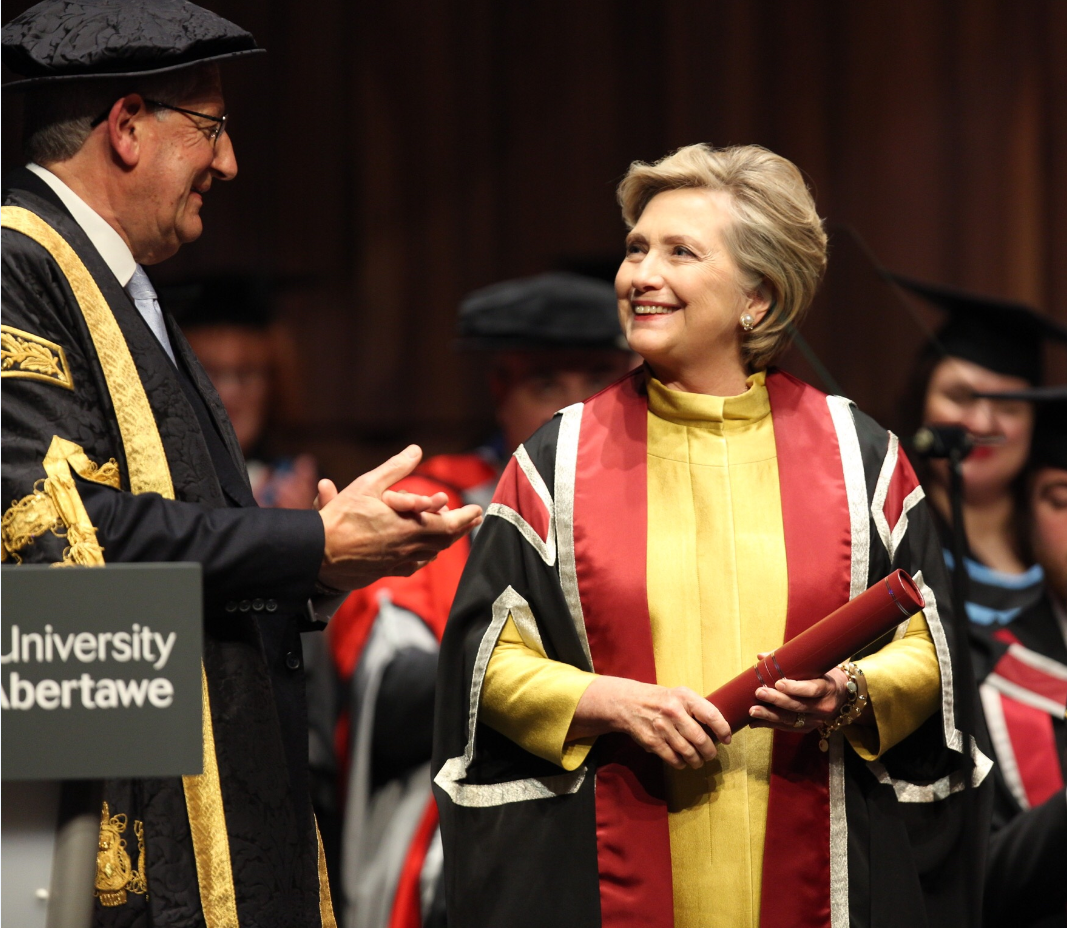 Hillary Rodham Clinton receives her honorary doctorate