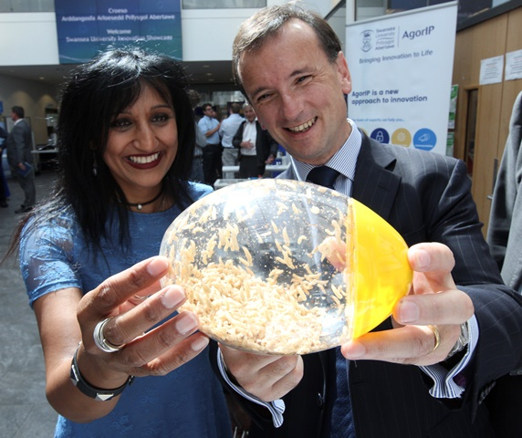 Secretary of State for Wales Alun Cairns visits Festival of Innovation