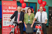 VC, Jayne and Craig with bikes