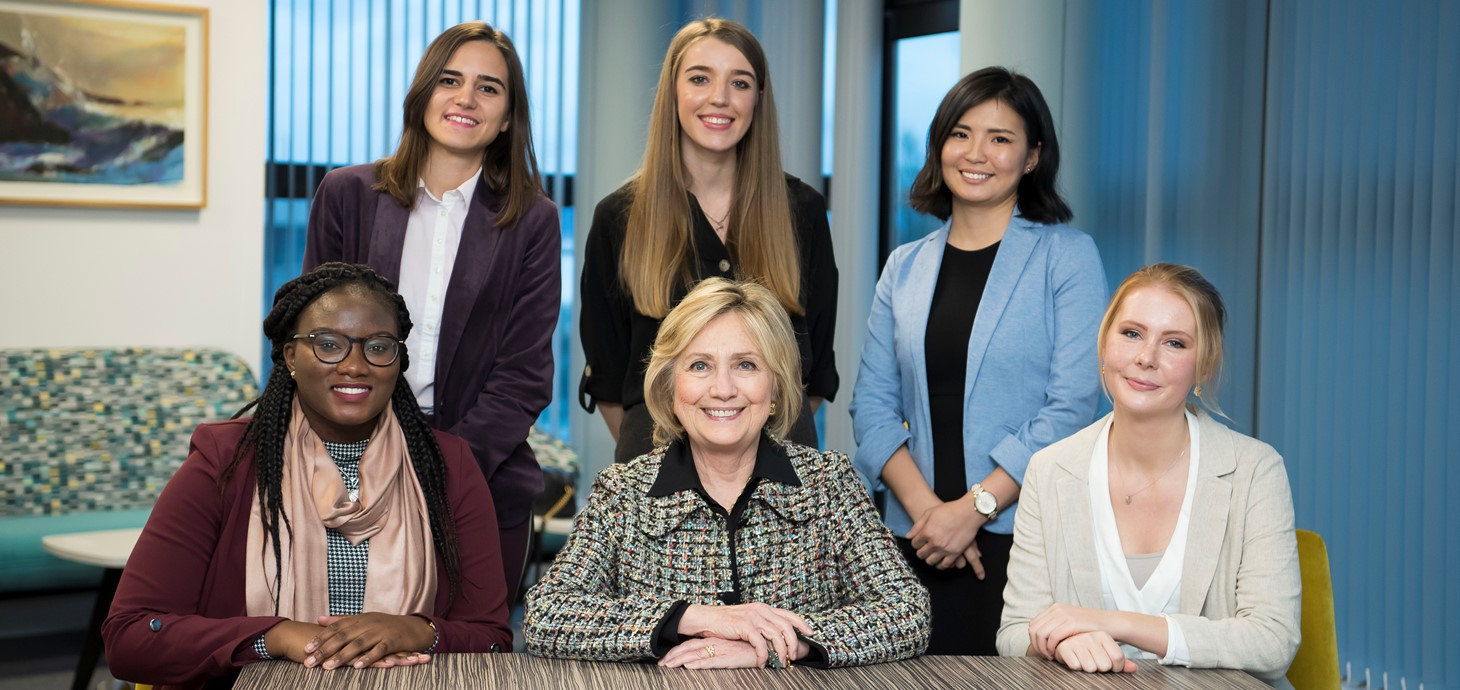 Hillary Clinton meeting with the inaugural Global Challenges scholars.