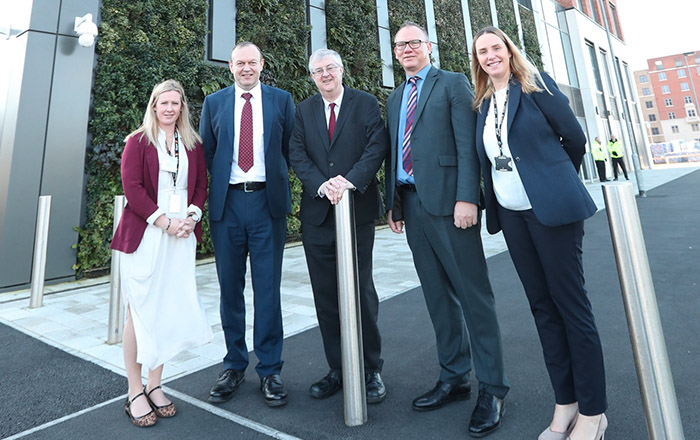 Kayleigh Sweet, WEFO IMPACT Project Officer, Professor Johann Sienz, Director of IMPACT,Mark Drakeford AM, First Minister of Wales, Professor Steven Wilks, Provost of Swansea University, Ruth Bunting Associate Head of the College of Engineering.