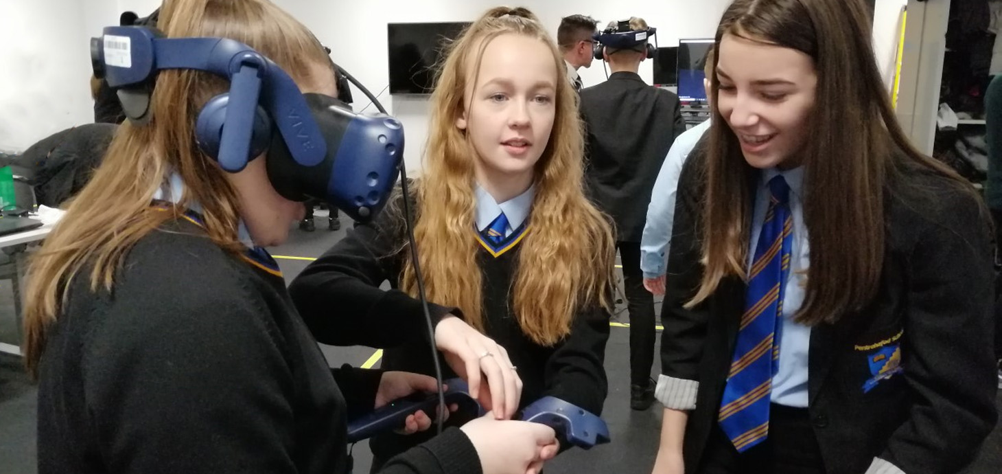 Pentrehafod pupils trying out VR technology